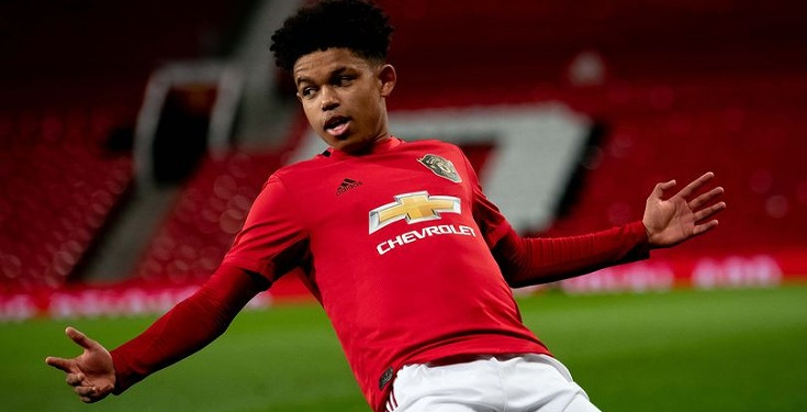16-year-old Nigerian striker Shola Shoretire signs deal with Manchester United